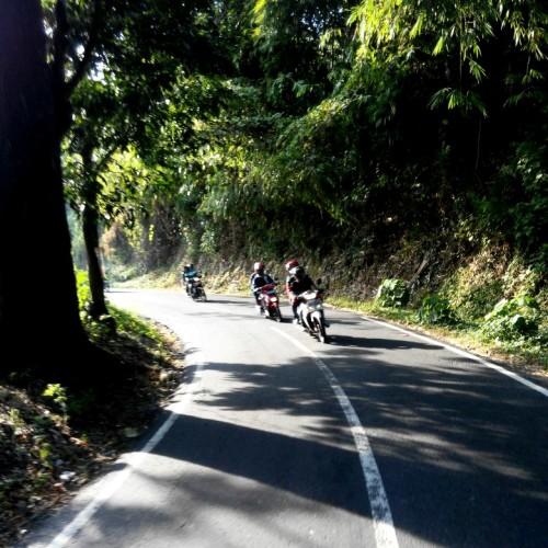 Ini Jalan Kami, eh, Ini jJalan Kabupaten, ding :D